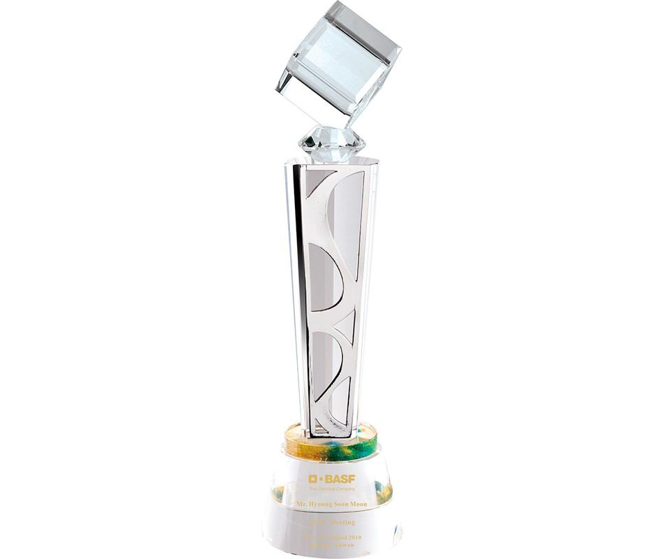 WS-01216水晶立方體金屬片水晶圓座獎杯